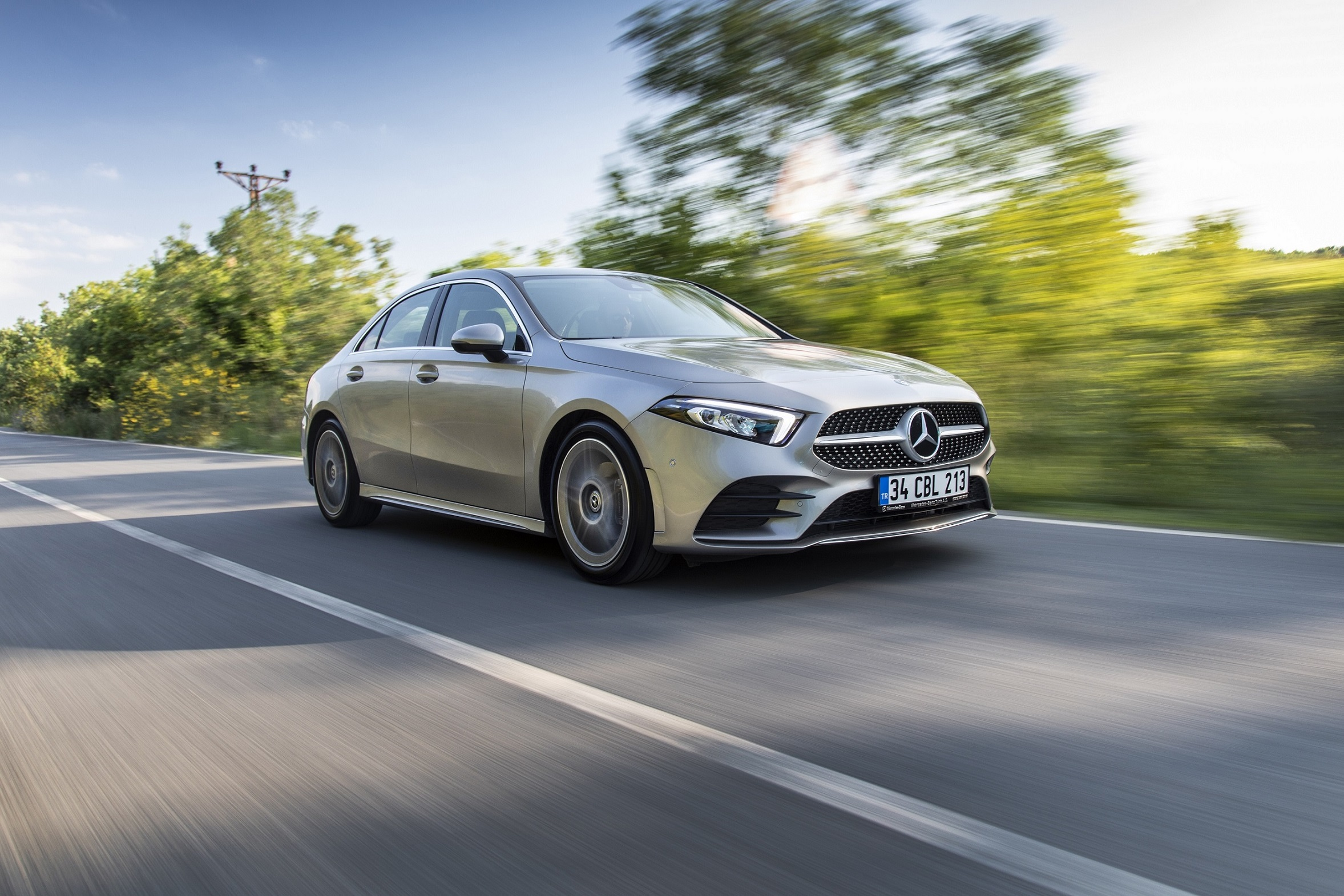 Mercedes-Benz A180d Sedan Özel Test